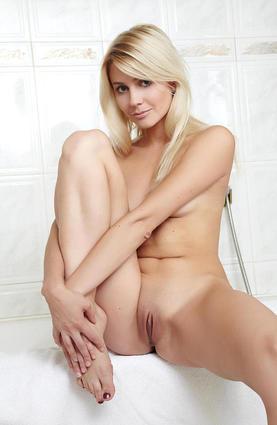 Fantastic blonde milf vivien fuck amp swallow cum