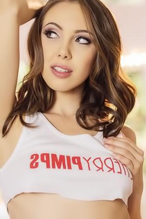 Sexy Babe Jenna Sativa