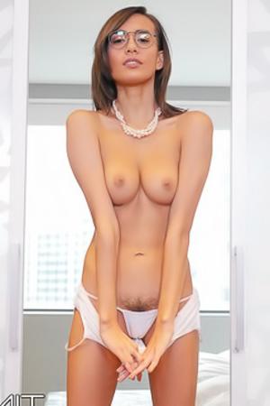 Skinny Latina Girl Janice Griffith Strips Off Her Sexy Bodysuit
