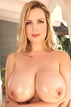 Brooke Britt Debuts