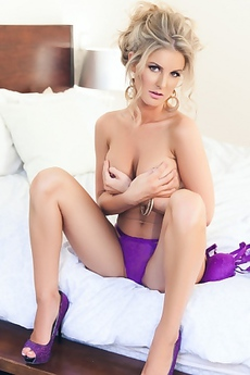 Glamour Playboy Milf Kimber Cox Picture Gallery