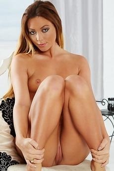 Natalia Forrest Posing Nude