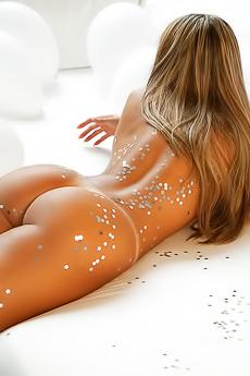 Brazilian Angel Julia Salimeni Is Really Booty-ful