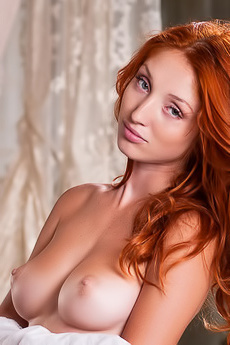 Naked Redhead Girl Foxy
